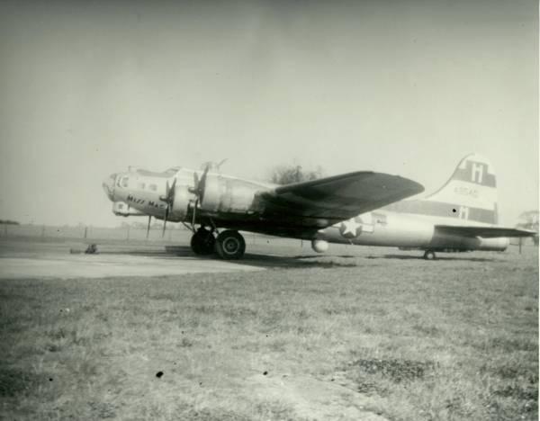 B-17 #44-8540
