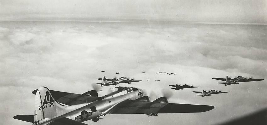 Boeing B-17 #42-107026 / Hamtramack Mama