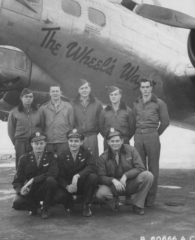 B-17 #42-107209 / The Wheel's Wagon