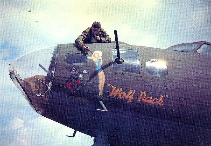 B-17 #42-29723 / Wolf Pack