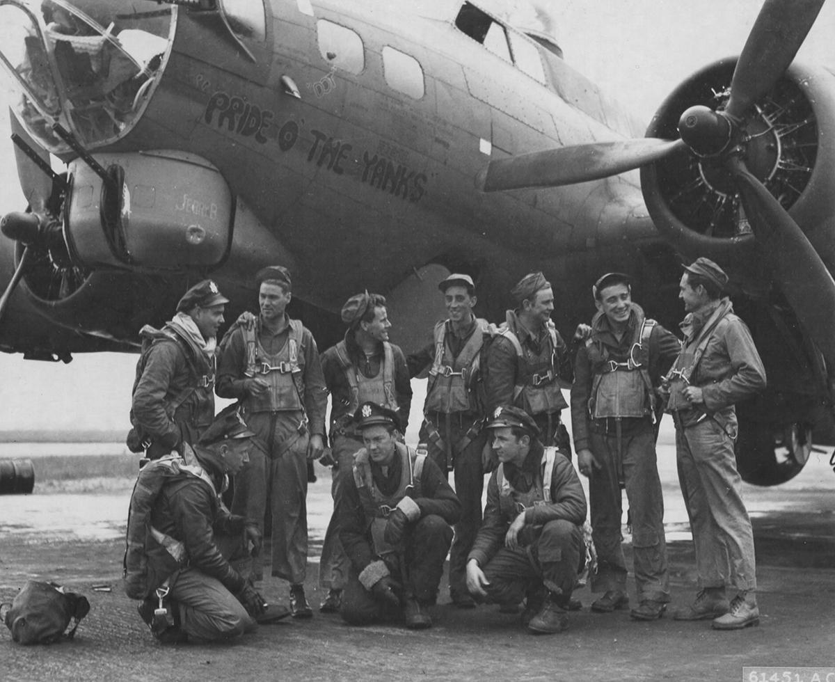 B-17 #42-32004 / Pride O' The Yanks