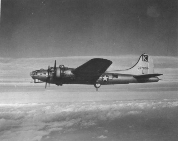 B-17 #43-37830 / Lady Jane aka Stinky
