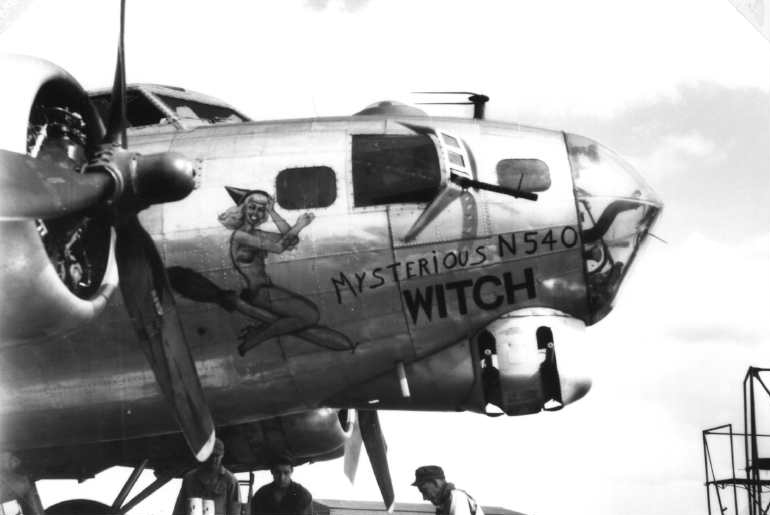 B-17 #43-38540 / Murderous Witch aka Mysterious Witch