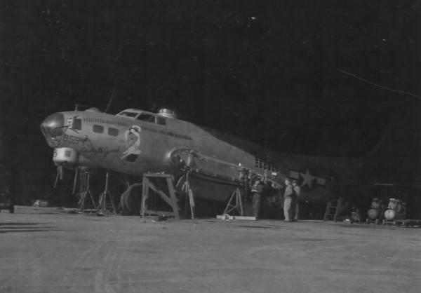 B-17 #43-38594 / Lady B Good
