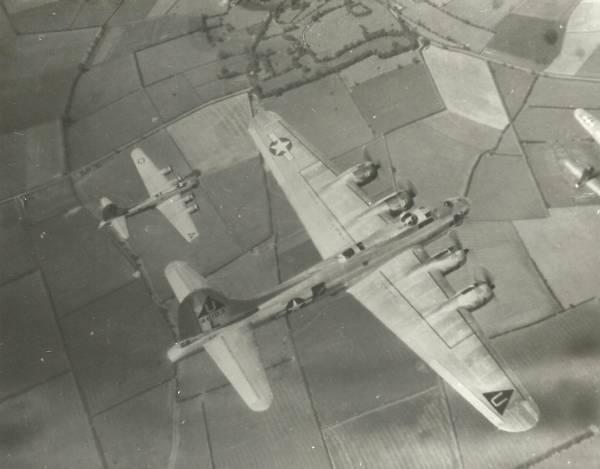B-17 #44-6103