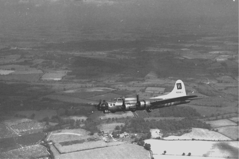 B-17 #44-6616 / The Short Arm