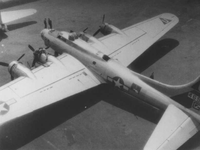 B-17 #44-6961 / Jeannie Jeannie Jr