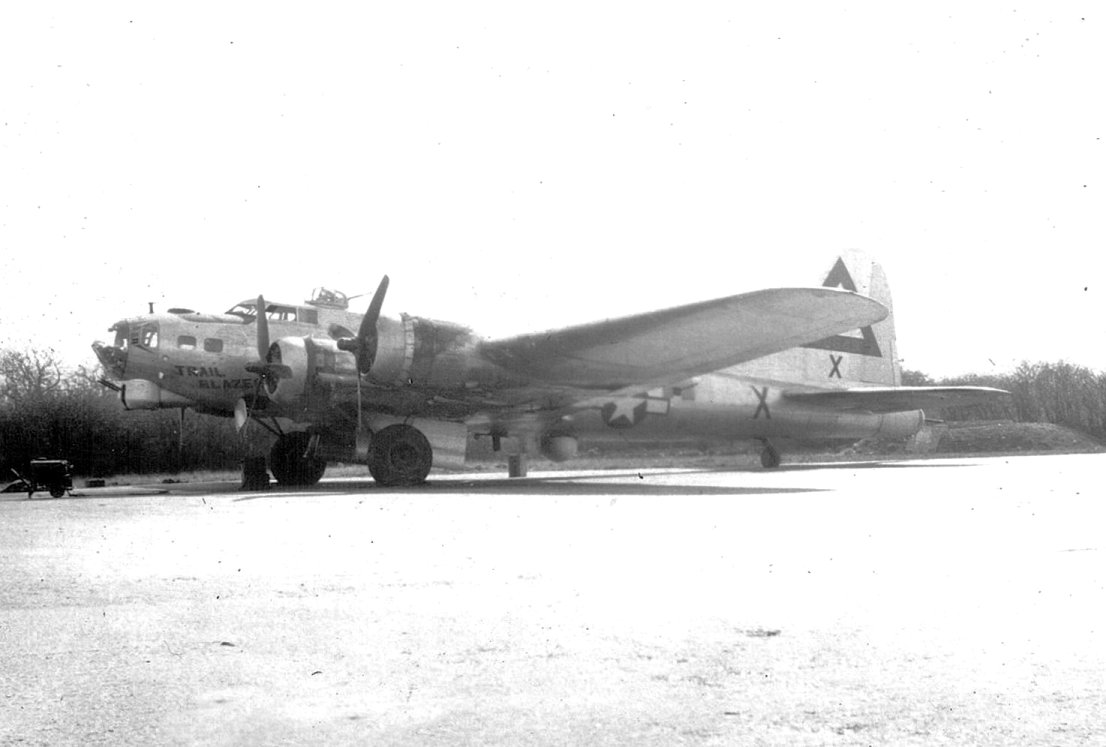 B-17 #44-8649 / Trail Blazer