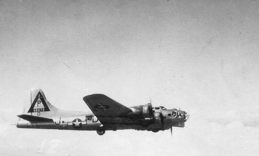 B-17 44-8679
