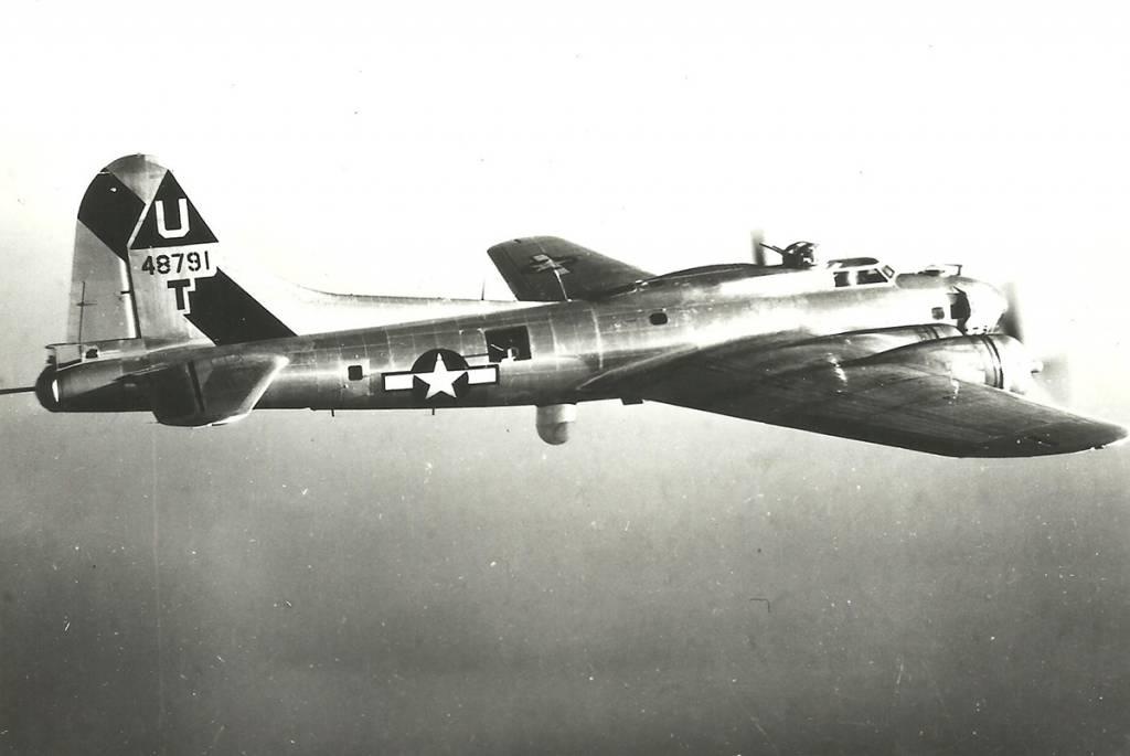 B-17 #44-8791
