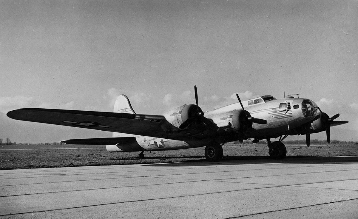 B-17 #44-8906