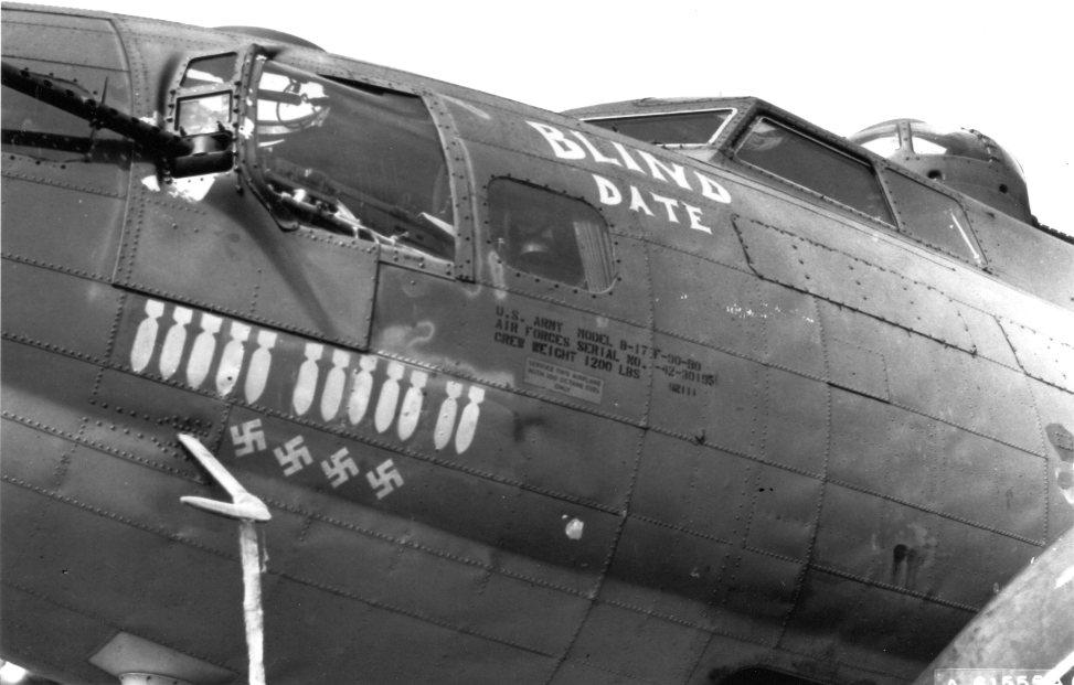 B-17 #42-30195 / Blind Date