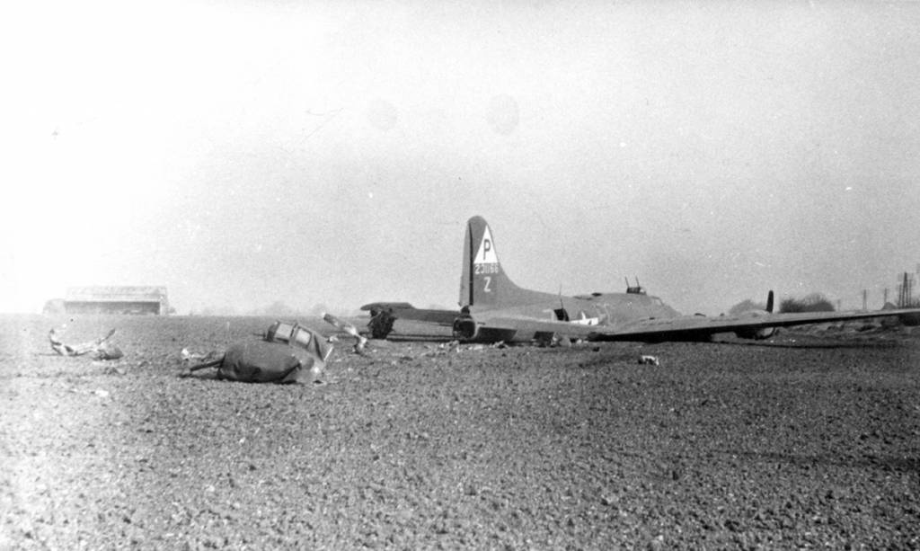 B-17 #42-31166 / Miss Billie Jr.