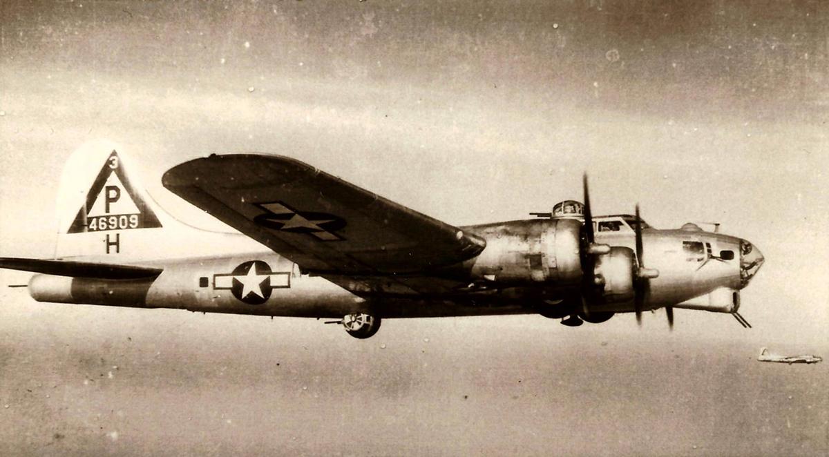 B-17 #44-6909