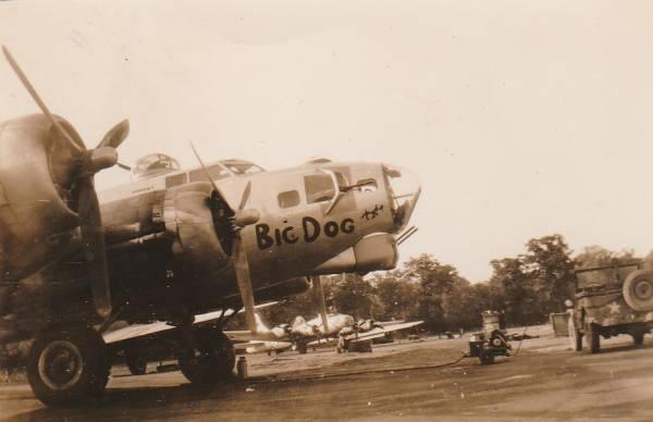 B-17 #42-102661 / Big Dog