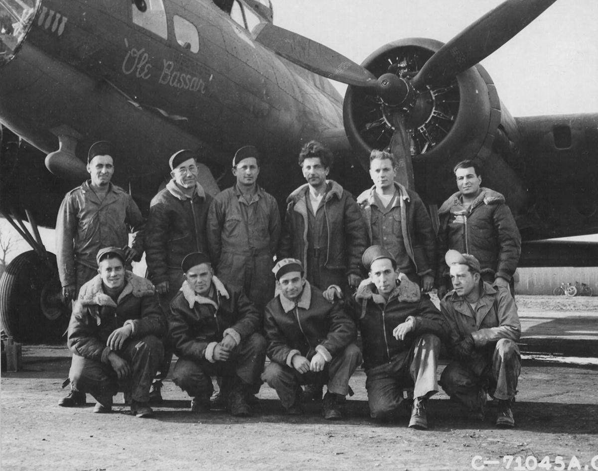 B-17 #42-30837 / Ole Bassar
