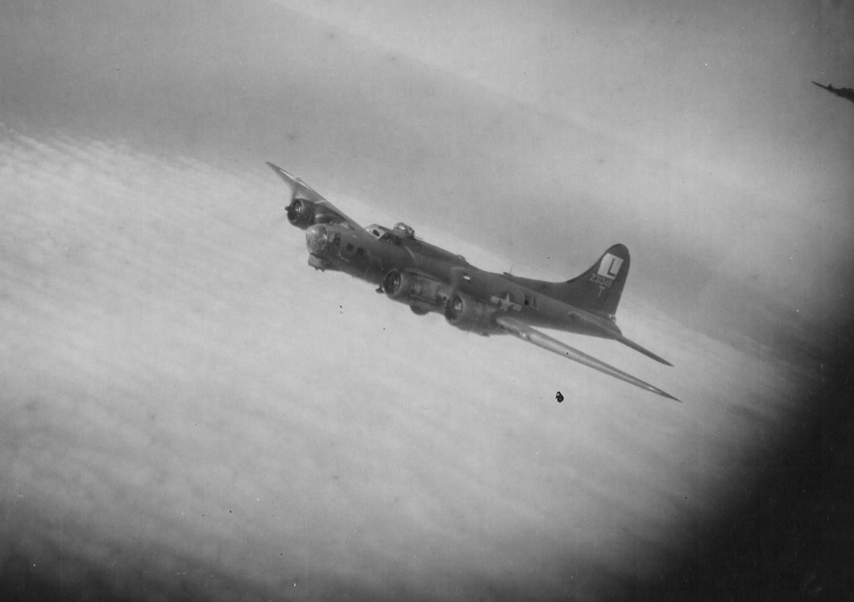 B-17 #42-31348 / Swing Shift Baby