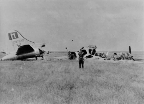 B-17 #42-97832 / Fairman Willie