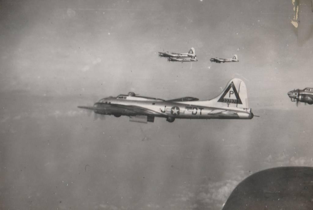 B-17 #43-37971