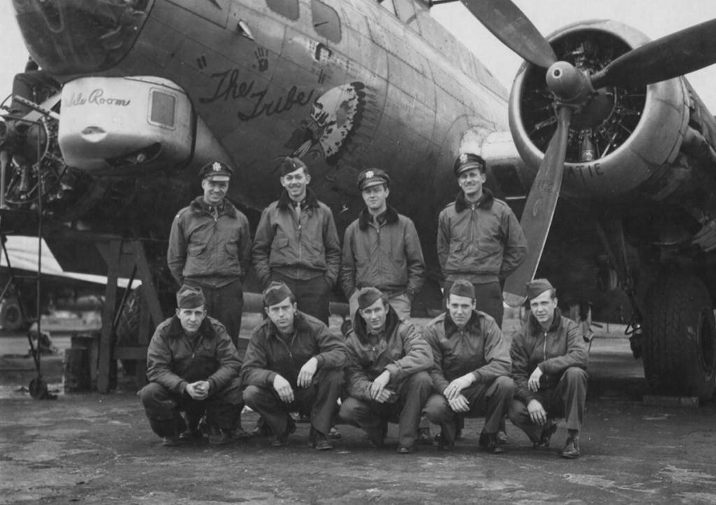 B-17 #43-38370 / The Tribe
