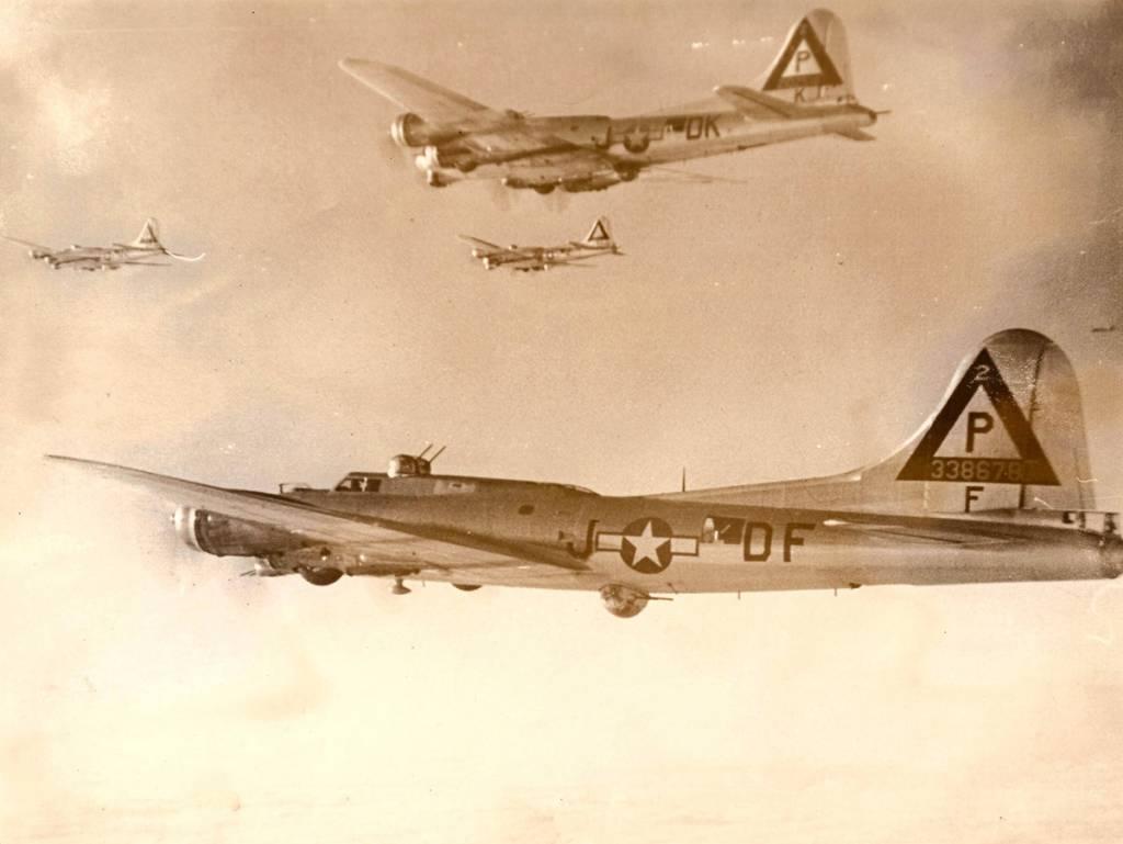 B-17 #43-38678