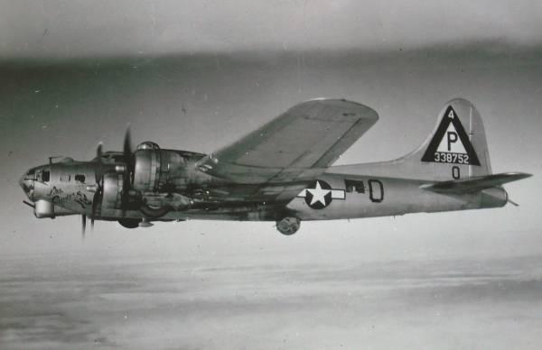 B-17 #43-38752 / Little Cinder