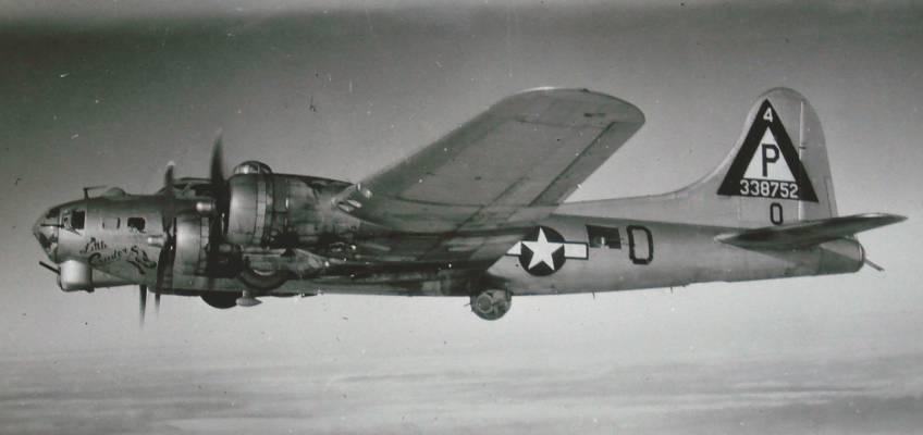 Boeing B-17 #43-38752 / Little Cinder