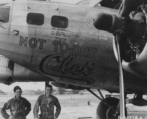 B-17 #43-38917 / Not Today Cleo