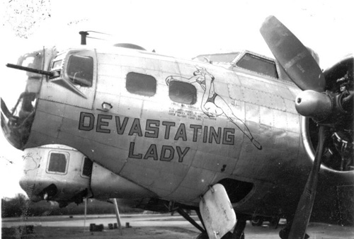 B-17 #43-38994 / Devastating Lady