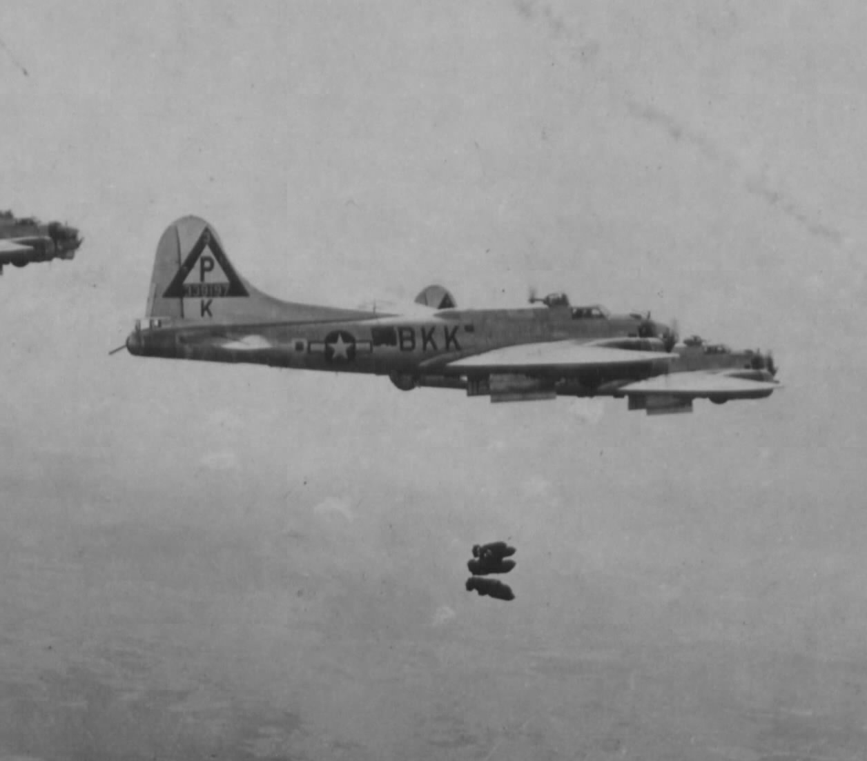 B-17 #43-39197 / Baby Judy aka School Marm