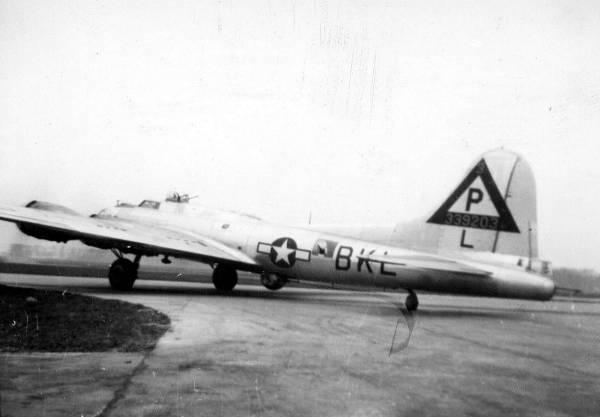 B-17 #43-39203 / Globe Trotter