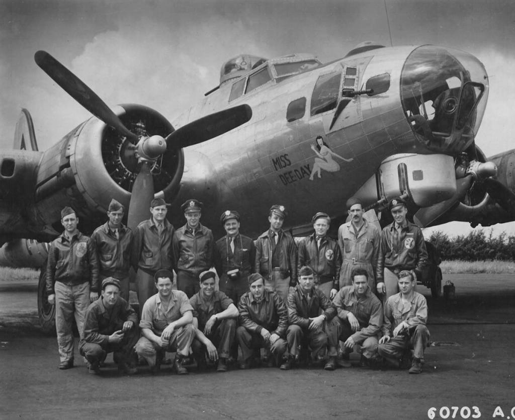 B-17 #44-6079 / Miss Dee-Day