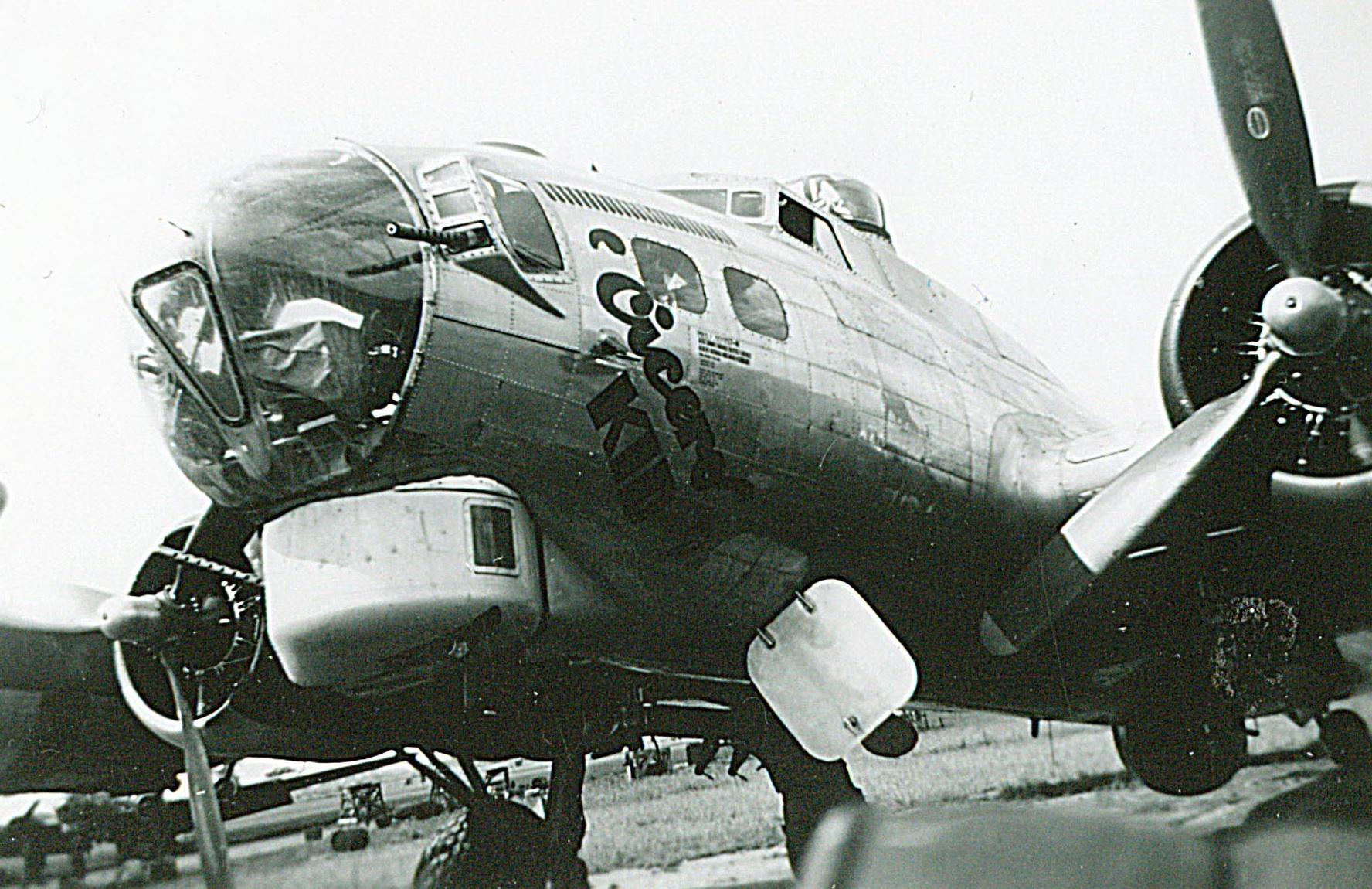 B-17 #44-6102 / Cicero Kid
