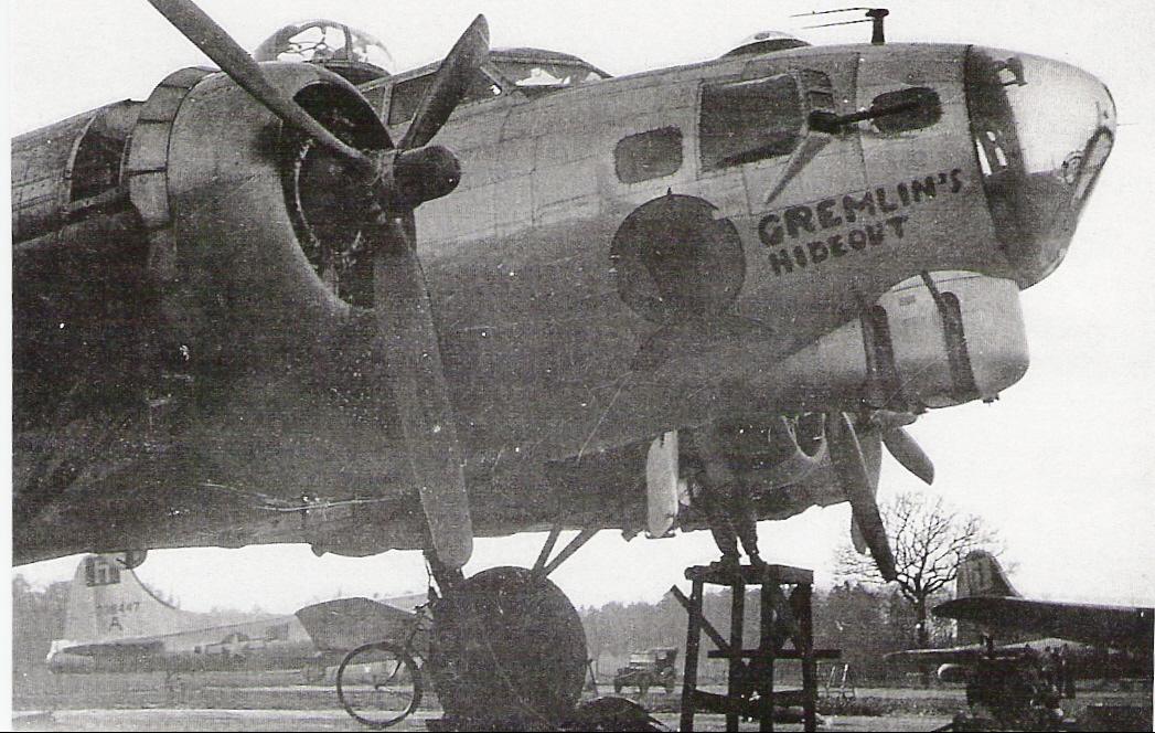 B-17 #44-6106 / Gremlin's Hideout