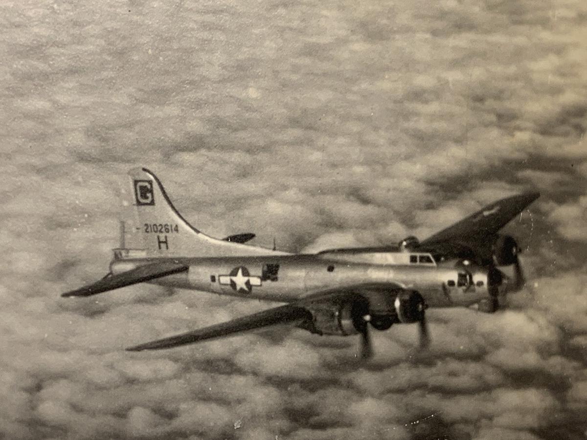 B-17 #42-102614 / Ole-O-Oboe