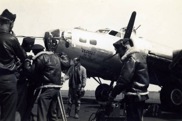 B-17 #42-102619 / Report to the Nation