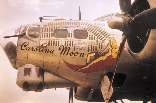 B-17 #43-37907 / Carolina Moon
