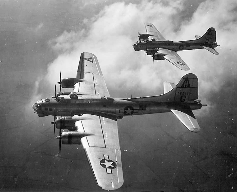 B-17G #44-6814 im Flug