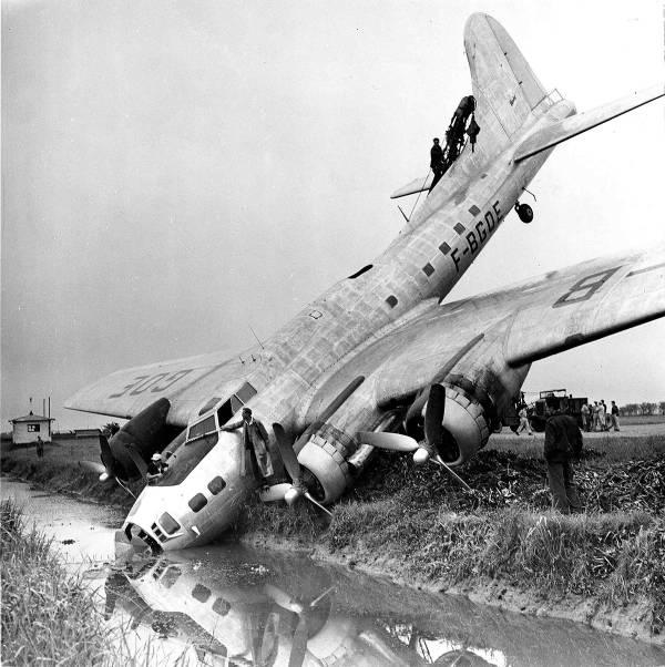 B-17 #44-83728