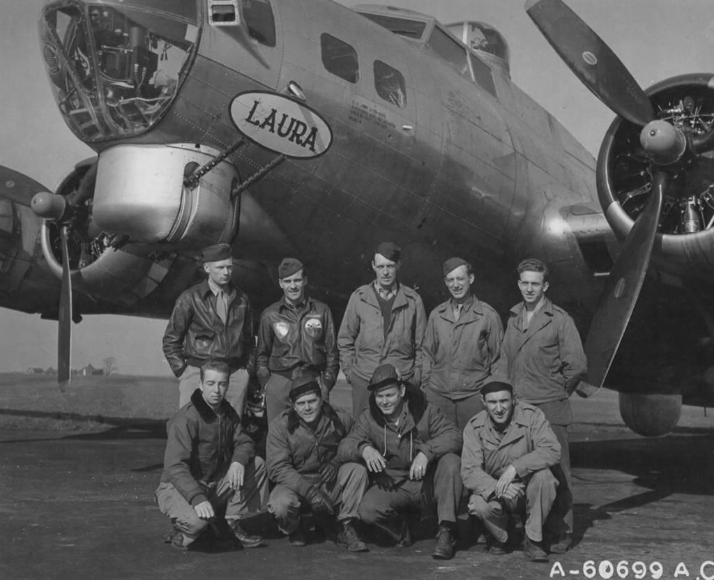 B-17 #44-8796 / Laura