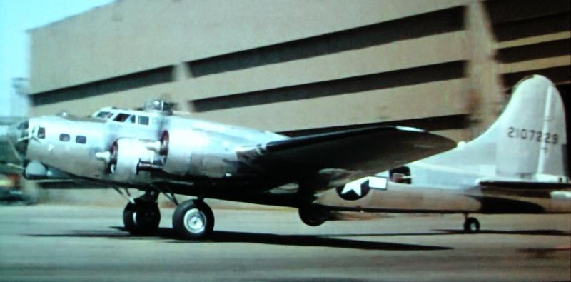 B-17 #42-107229 / Rowdy Rebel