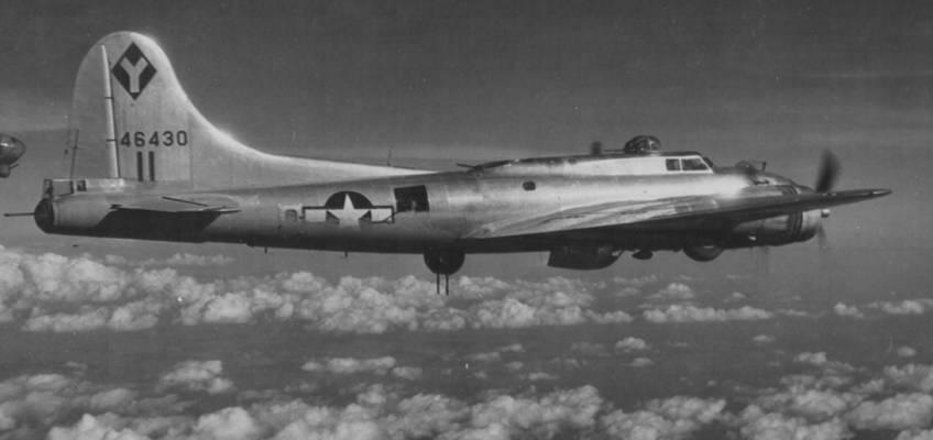 Boeing B-17 #44-6430