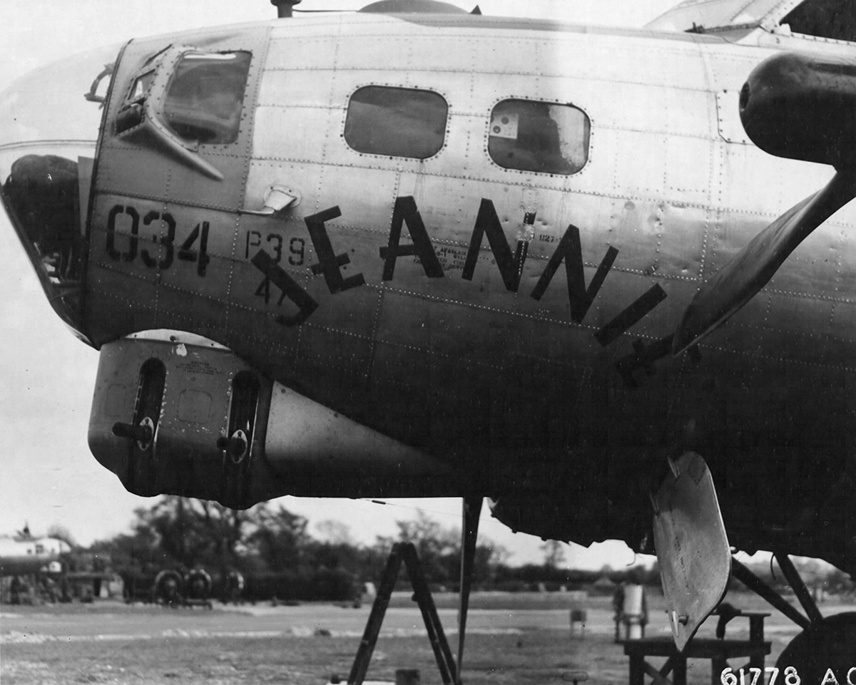 B-17 #43-39439 / Cyanide for Hitler aka Jeannie with Light Brown Hair