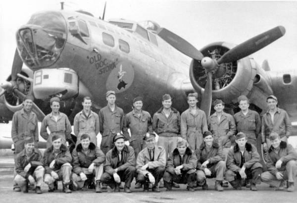 B-17 #44-83254 / Old Doc Stork