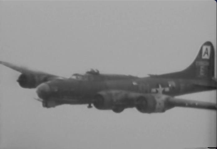 B-17 #42-38034 / Twat's it to you?