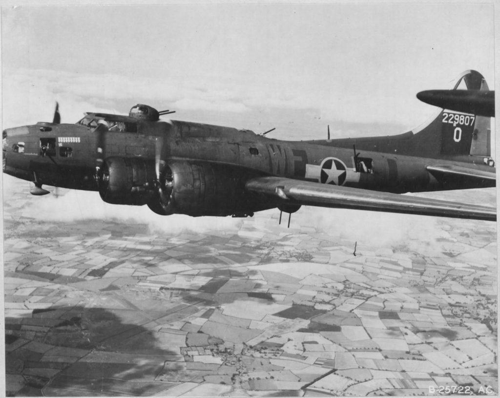 B-17F 42-29807 / Lady Liberty aka Patsy Ann III