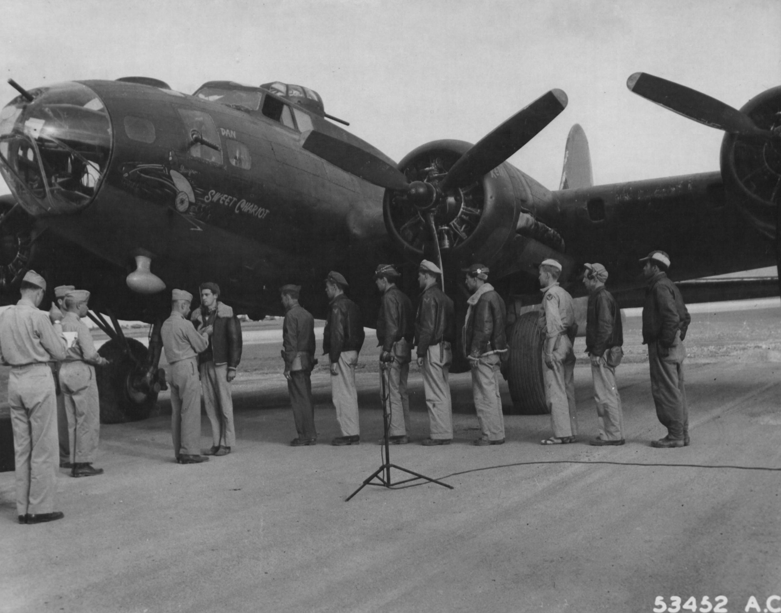 B-17F 'Sweet Chariot'